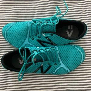 New Balance Minimus Trail Running Shoes Size 9.5